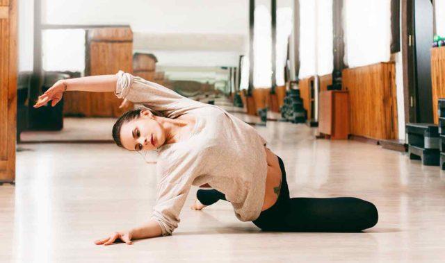 https://jhalakdanceacademy.com/wp-content/uploads/2019/04/inner_image_dance_03-1-640x379.jpg
