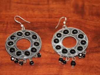 https://jhalakdanceacademy.com/wp-content/uploads/2020/05/jewelry-rental-16.jpg
