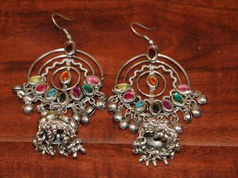https://jhalakdanceacademy.com/wp-content/uploads/2020/05/jewelry-rental-19.jpg