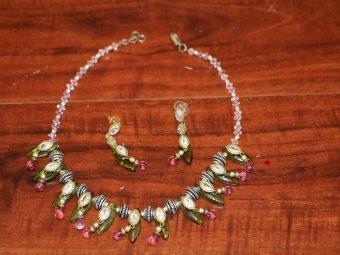 https://jhalakdanceacademy.com/wp-content/uploads/2020/05/jewelry-rental-25.jpg